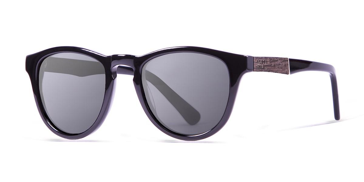 Florencia shiny black polarized sunglasses front